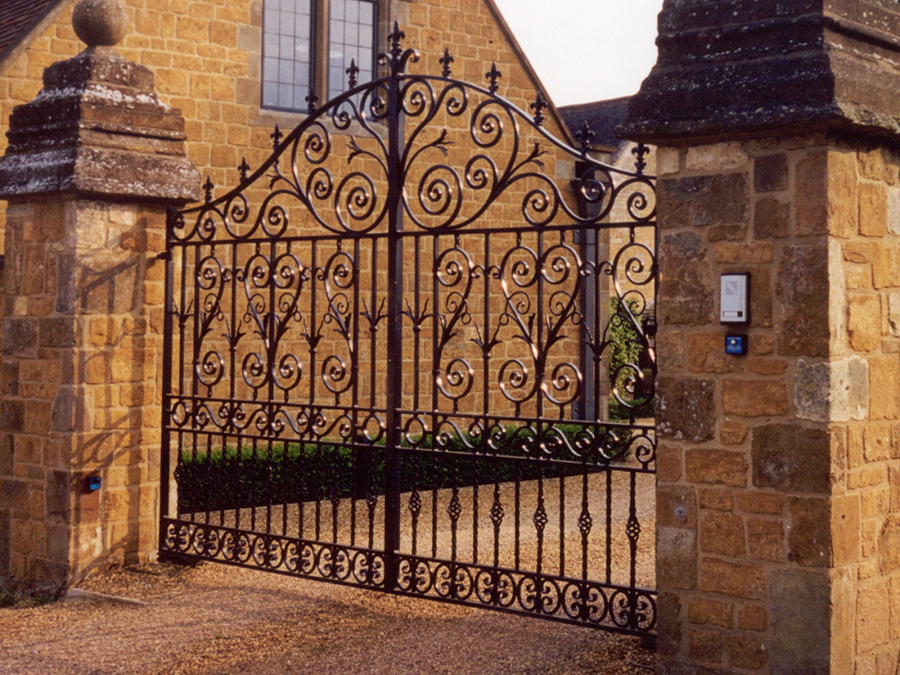 Ditchford Entrance Gates . Heavy quality solid wrought iron gates, galvanised and painted. Traditional English design, blacksmith made. Guide price £6,500