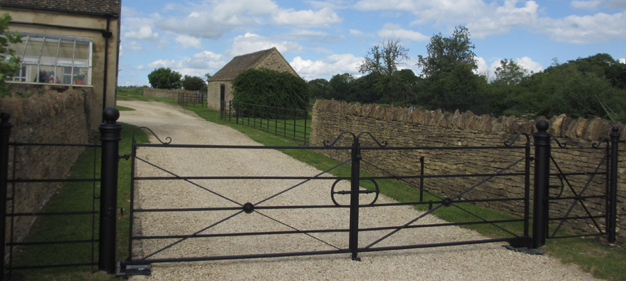 Fencing And Gate Accessories
