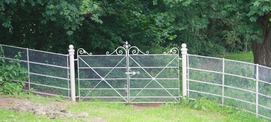 1200mm Double Lambourn with security mesh