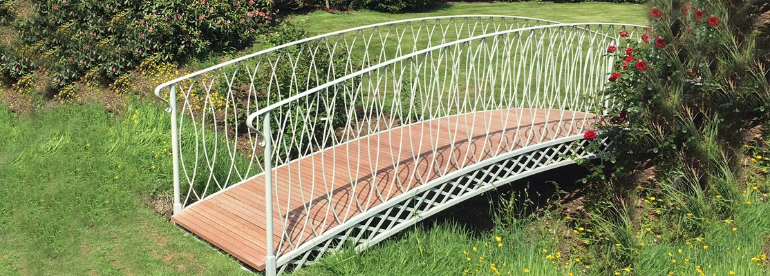 Hereford Bridge – Painted French Grey